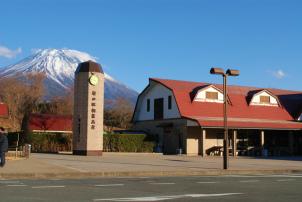 キャッチ-富士パノラマライン-道の駅朝霧高原